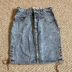 Vintage High waisted acid wash denim skirt